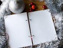 Bloco de notas branco Ano novo feliz Foto de Stock