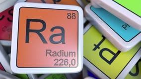 Bloco do Ra do rádio na pilha da tabela periódica dos blocos dos elementos químicos rendição 3d Fotografia de Stock