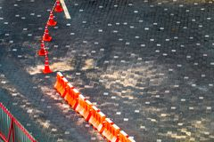 Bloco e rua de estrada no assoalho Copie o espaço imagem de stock