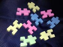 Blocos coloridos para crianças no fundo preto Foto de Stock Royalty Free