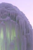 Blocos congelados de estalactites dos sincelos do gelo Imagens de Stock