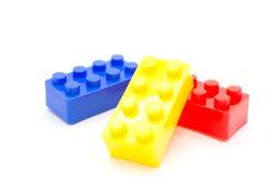 Blocos de apartamentos de Lego Plastic no branco Fotografia de Stock Royalty Free