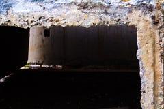 Blocos de cimento em um canteiro de obras Reparo da rua fotografia de stock royalty free