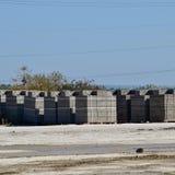 Blocos de cinza, que se encontram nas baías Cinza do armazenamento fotografia de stock