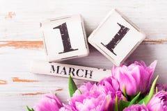 Blocos de madeira com data de dia das mães, o 11 de março Imagem de Stock Royalty Free