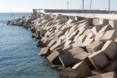 Blocos do cimento do quebra-mar Foto de Stock