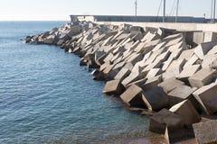 Blocos do cimento do quebra-mar Imagem de Stock Royalty Free