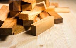 Blocos do fundo de madeira, brinquedo de madeira Foto de Stock