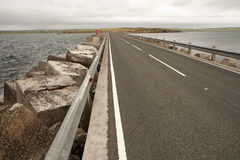 Blocos do quebra-mar em barreiras de Churchill, Orkneys Imagens de Stock