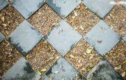 Blocs carrés sur les roches Photo libre de droits