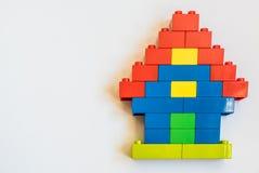 Blocs de construction individuelle avec le jouet en plastique Images libres de droits