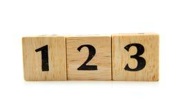 Blocs en bois avec les numéros 1 2 3 Photographie stock libre de droits