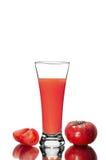 bloda ner för den fruktsaftmary för den ceasar coctailen nya fulla glass tomater tomaten Fotografering för Bildbyråer