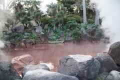 Bloddammhelvete i Beppu, Japan Arkivfoton