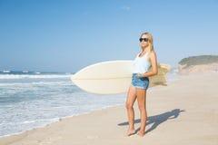 Blode-Surfer Mädchen Lizenzfreies Stockbild