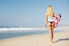 Blode surfingowa dziewczyna Zdjęcie Stock