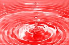 blodliten droppe arkivfoton