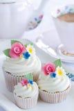 Bloem cupcakes Stock Foto's