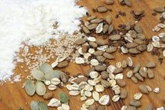 Bloem met gewassen en zaden Stock Foto