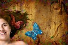 Bloemen achtergrond met mooie jonge vrouw Stock Foto's