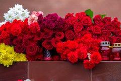 Bloemen als teken van het rouwen voor de doden Royalty-vrije Stock Foto's