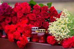 Bloemen als teken van het rouwen voor de doden Royalty-vrije Stock Afbeelding