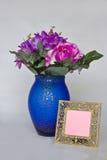 Bloemen en leeg frame Royalty-vrije Stock Foto's