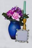 Bloemen en leeg frame Stock Afbeelding