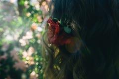 Bloemen in haar Stock Fotografie