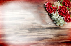 Bloemen op Hout Royalty-vrije Stock Fotografie