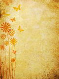 Bloemen patroon over oude muurachtergrond Stock Afbeeldingen