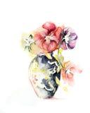 Bloemen in vaas Stock Afbeelding