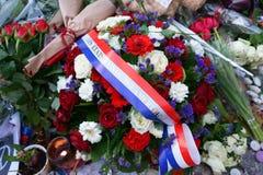 Bloemen voor de Bataclan-slachtoffers Stock Foto