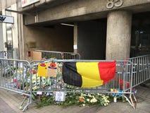 Bloemen voor de slachtoffers van terrorisme Stock Fotografie
