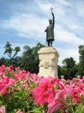 Bloemen voor Stefan Cel Mare Statue in Moldavië - MOLDAVIË stock foto's