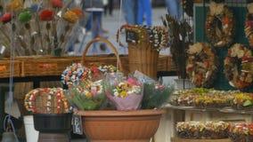 Bloemen voor verkoop stock videobeelden