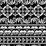 Bloemen zwarte naadloos Stock Afbeeldingen