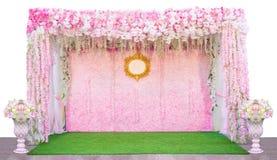 Bloemenachtergrond in de huwelijksceremonie op witte achtergrond wordt geïsoleerd die Stock Afbeeldingen