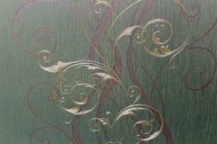 Bloemenbehang als achtergrond op de muur Stock Afbeeldingen