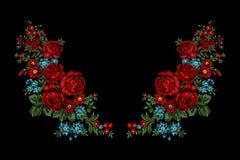 Bloemenborduurwerkt-shirt Royalty-vrije Stock Fotografie