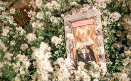 Bloemendecoratie op het stadium Royalty-vrije Stock Afbeeldingen