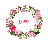 Bloemenkroon - rozenbloemen, veren, harten en Liefdetekst Waterverf om grens voor Valentine-dag, huwelijk royalty-vrije stock afbeeldingen
