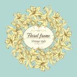 Bloemenkroon van verschillende bloemen in uitstekende stijl Royalty-vrije Stock Afbeeldingen