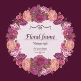Bloemenkroon van verschillende bloemen in uitstekende stijl Stock Fotografie
