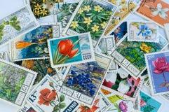 Bloemenpostzegels Stock Afbeeldingen