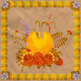 Bloemensamenstelling met een kader van bladeren Stock Fotografie