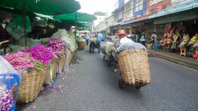 Bloemmarkt in Thailand stock afbeeldingen