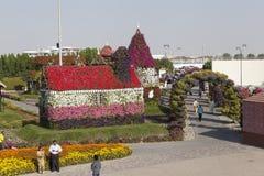 Bloempark in Doubai (het Mirakeltuin van Doubai) Verenigde Arabische emiraten Stock Foto's