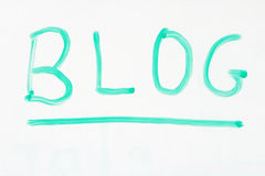 Blog auf whiteboard Stockbild