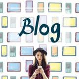 Blog-Blogging anschließendes zufriedenes Informations-Konzept Lizenzfreies Stockbild